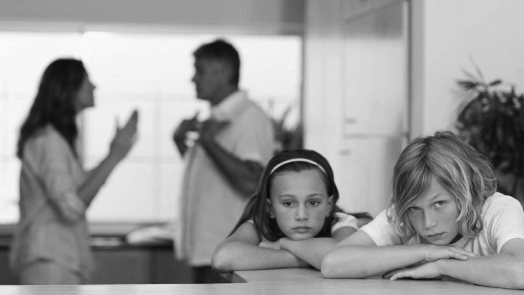 Επιμέλεια ανηλίκου παιδιού μετά από διαζύγιο δικηγόρος