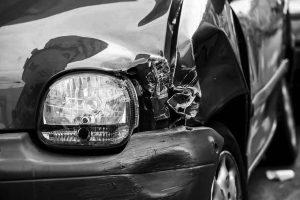 τροχαίο ατύχημα ανασφάλιστο όχημα αποζημίωση δικηγόρος